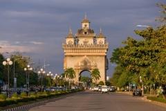 เที่ยวเวียงจันทน์ พระธาตุหลวง ประตูชัย 2 วัน 1 คืน